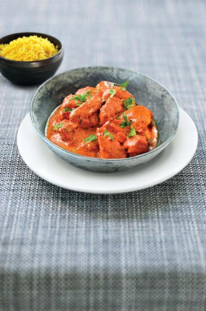 Pittige rode curry met kip en citroenrijst