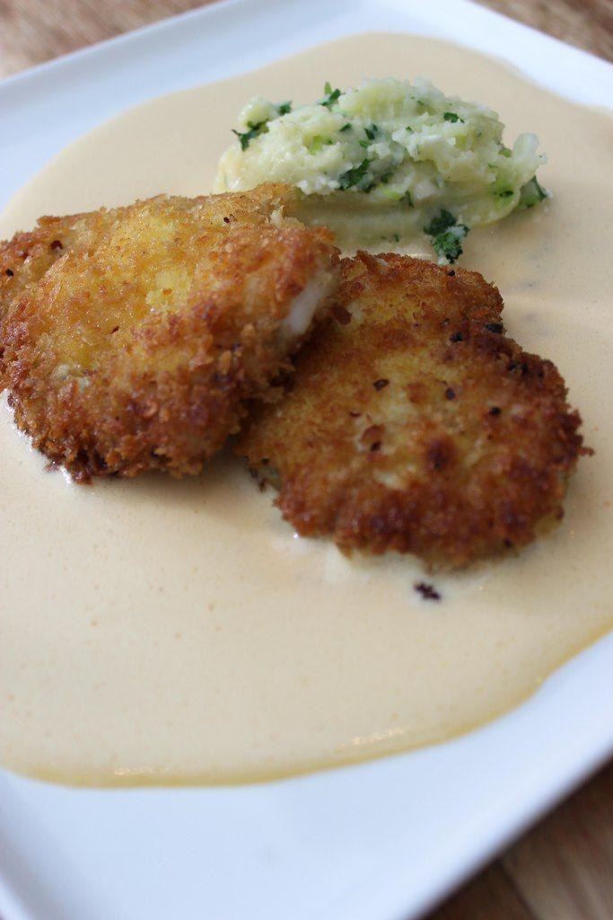 Zeeduivel-schnitzel met kruidenpuree en dijonaise