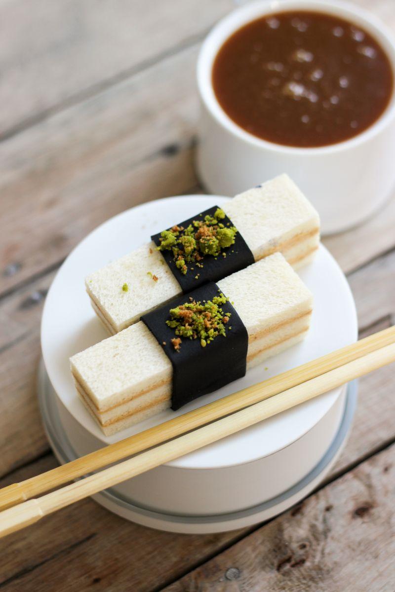Sushi van wit brood en Paschka speculaas