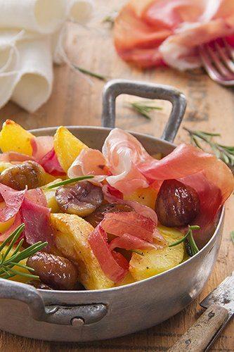 Geroosterde aardappelen en kastanjes met Parmaham