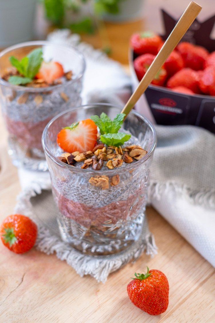 Aardbeien-chiapudding