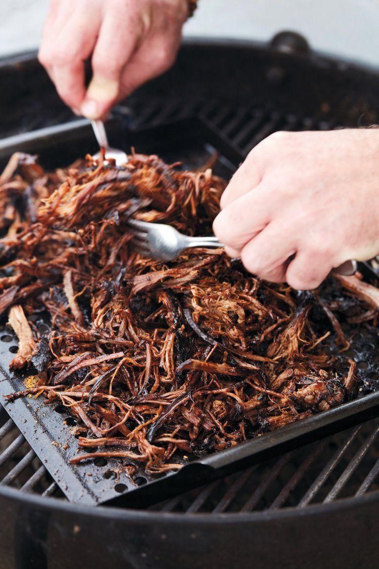Traag gegaard pulled pork met barbecuesaus