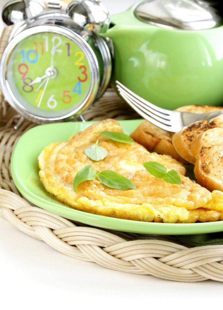 Omelet met kippenlevertjes en kreeftenjus