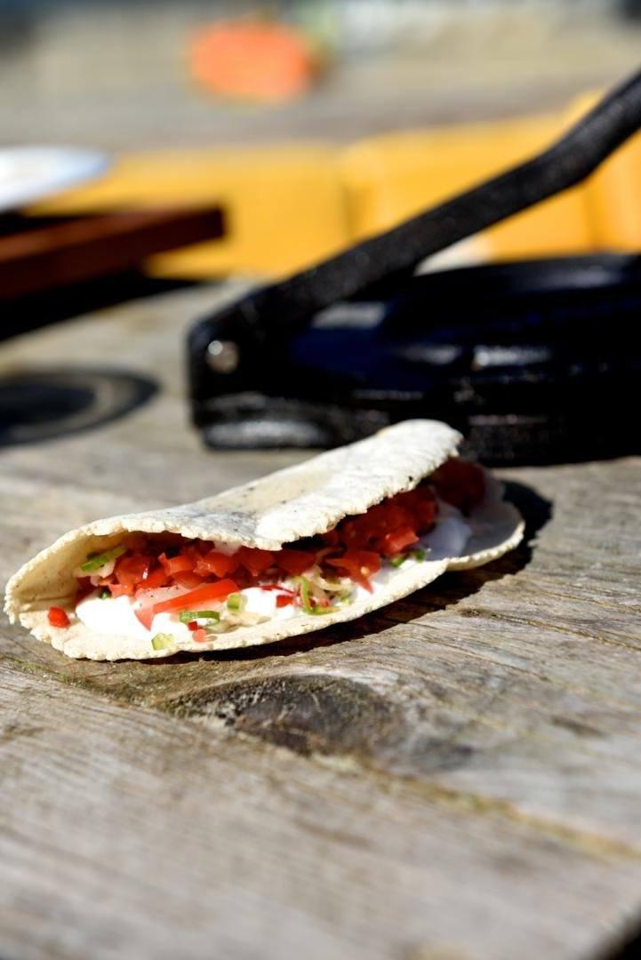 Taco met gemarineerde wijting