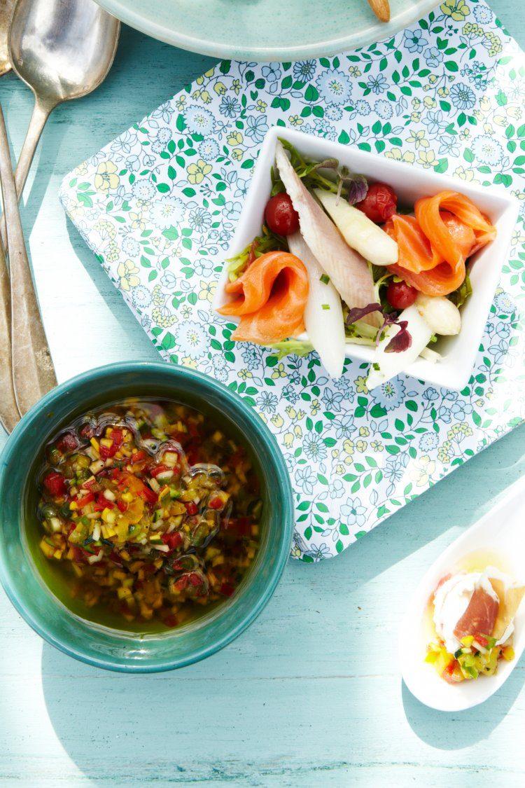 Tomaat-mozzarella met gemarineerde groenten