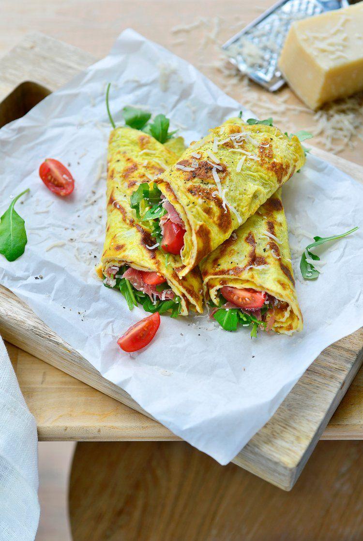 Omeletwraps met Italiaanse ham en rucola