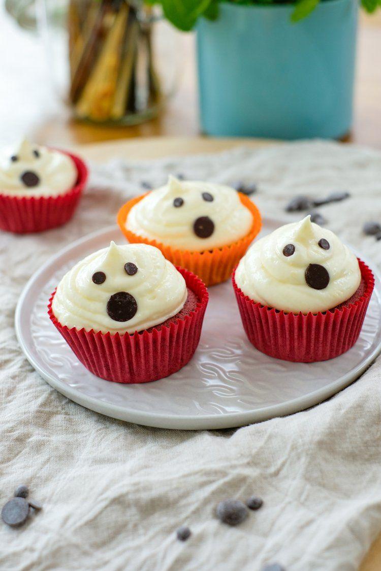 Spooky red velvet cupcakes
