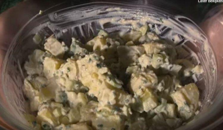 Frisse aardappelsalade met komkommer en Griekse yoghurt
